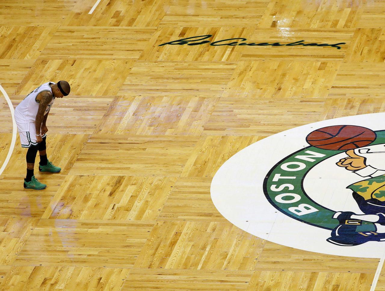 Cropped 2017 04 17t013349z 150842748 nocid rtrmadp 3 nba playoffs chicago bulls at boston celtics