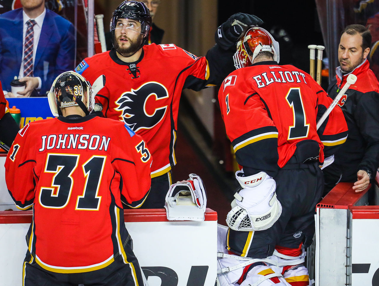 Cropped_2017-04-20t031108z_1807582145_nocid_rtrmadp_3_nhl-stanley-cup-playoffs-anaheim-ducks-at-calgary-flames