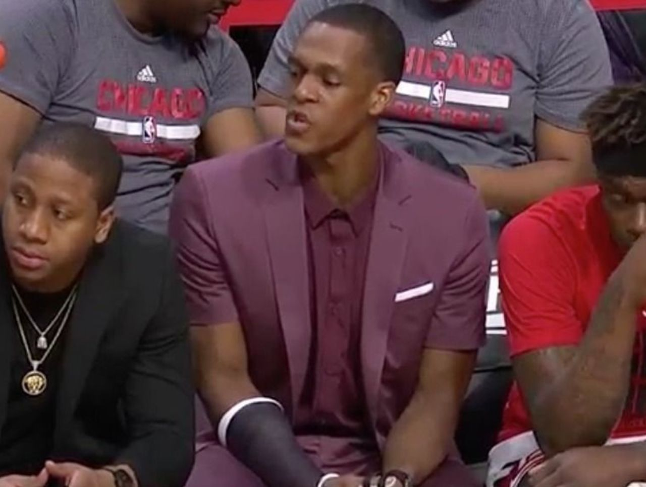 Cropped rondo suit