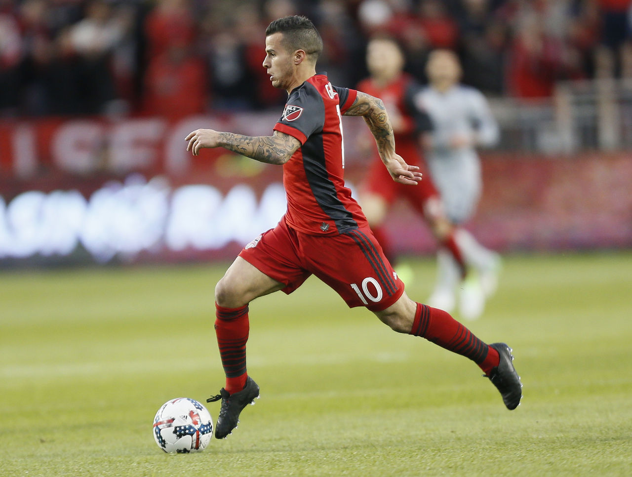 Cropped 2017 04 22t004148z 619381029 nocid rtrmadp 3 mls chicago fire at toronto fc