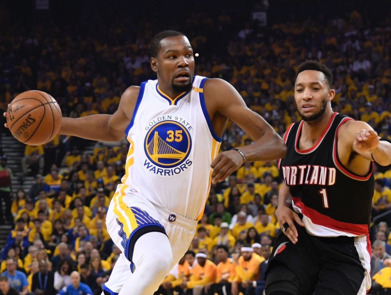 Cropped 2017 04 16t194519z 491816903 nocid rtrmadp 3 nba playoffs portland trail blazers at golden state warriors