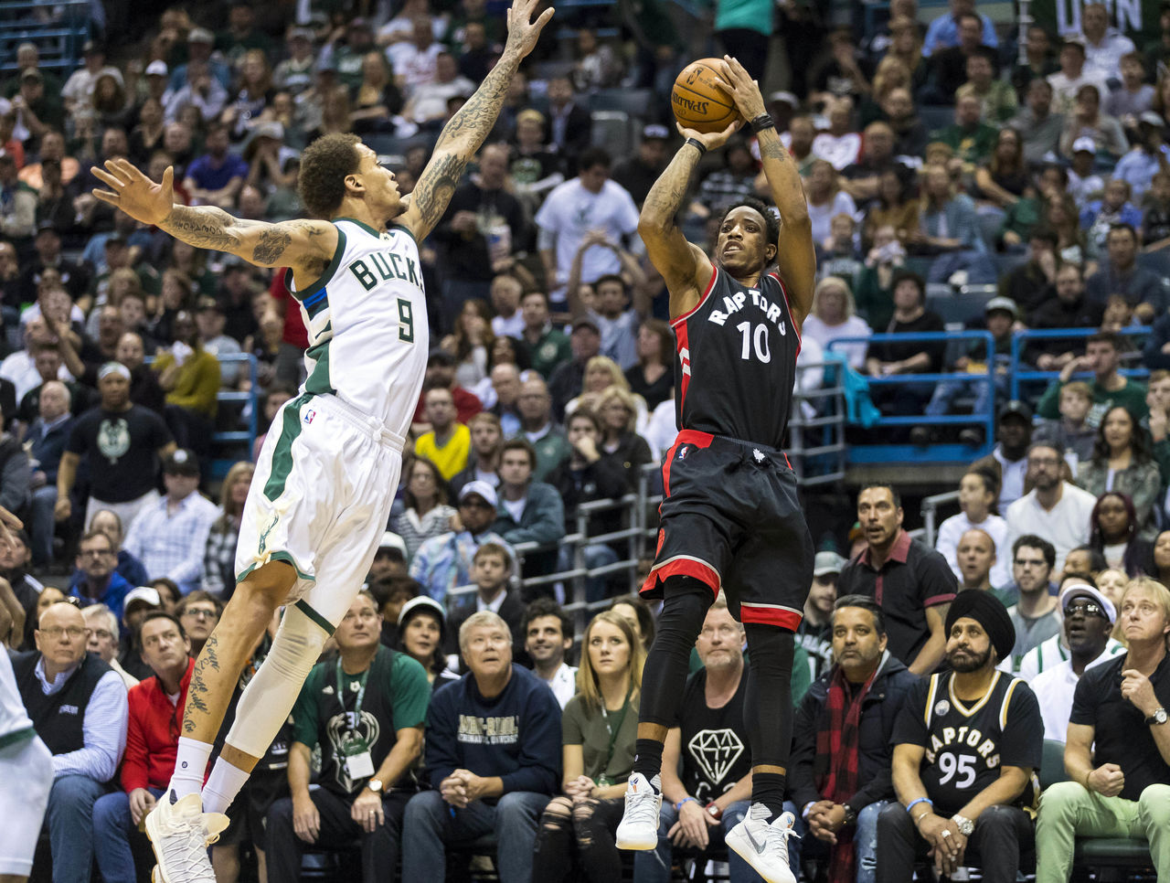 Cropped 2017 04 22t202450z 2024972261 nocid rtrmadp 3 nba playoffs toronto raptors at milwaukee bucks