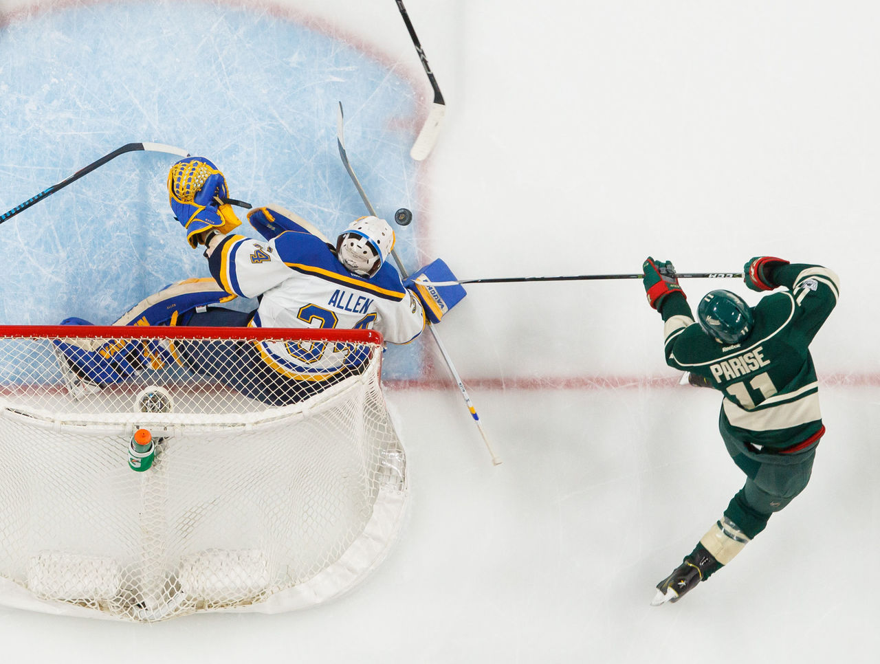 Cropped 2017 04 22t233037z 1656514238 nocid rtrmadp 3 nhl stanley cup playoffs st louis blues at minnesota wild