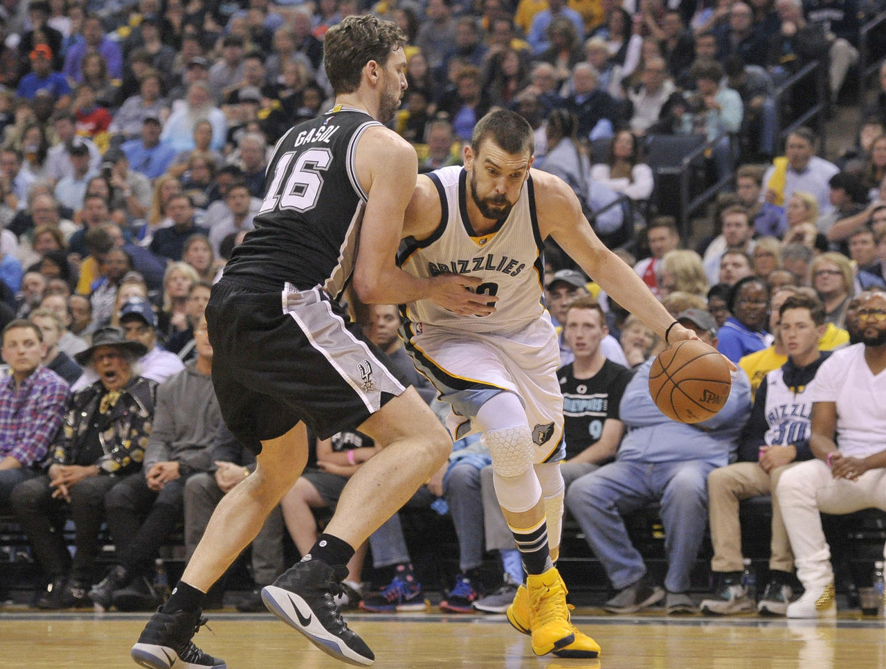 Cropped_2017-04-23t013502z_462771022_nocid_rtrmadp_3_nba-playoffs-san-antonio-spurs-at-memphis-grizzlies
