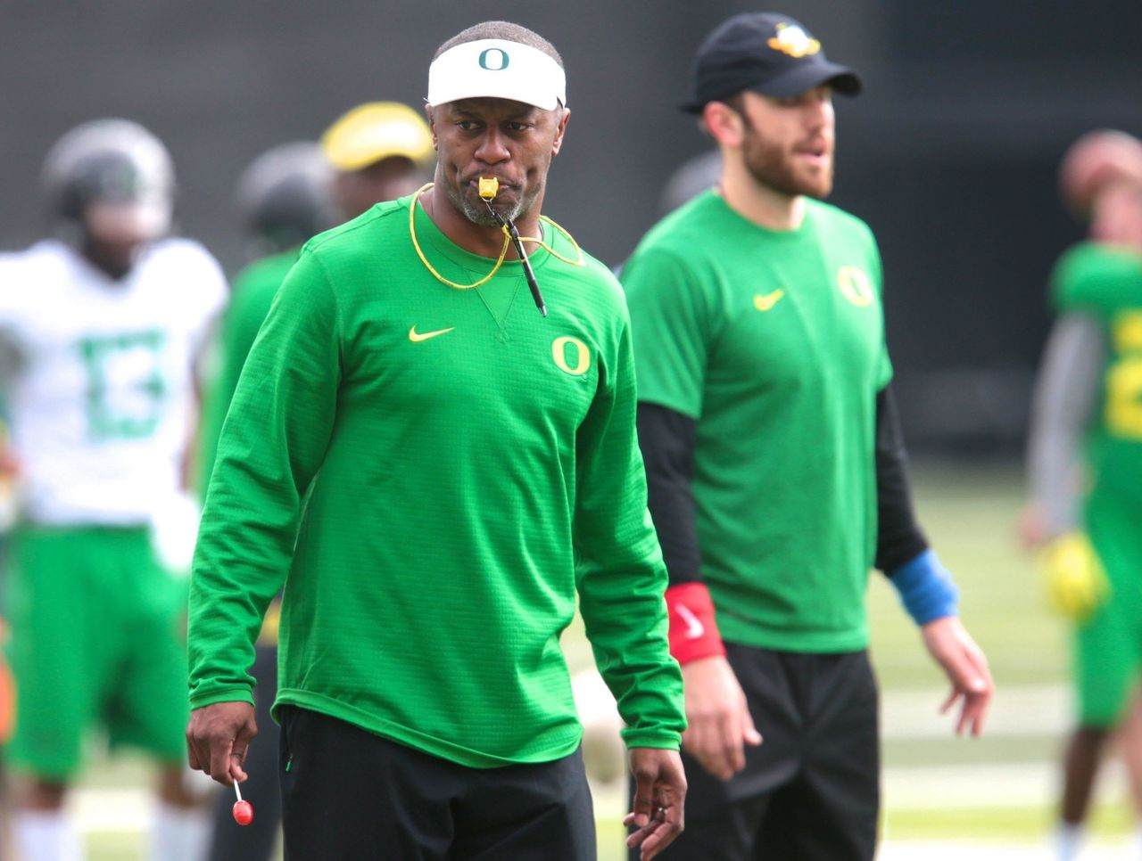 Cropped 2017 04 21t204559z 403307327 nocid rtrmadp 3 ncaa football oregon spring practice
