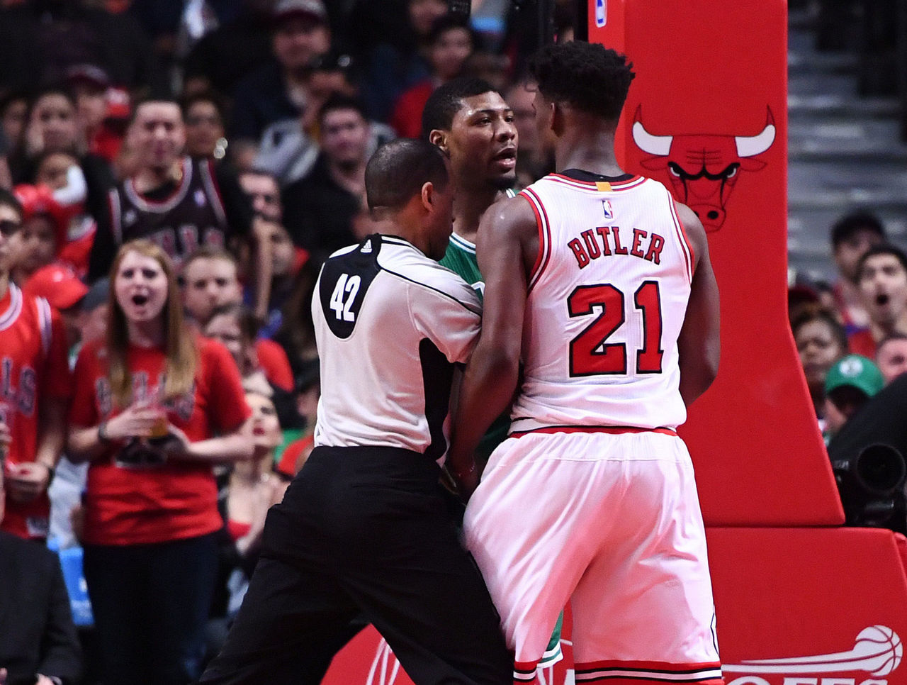 Cropped 2017 04 23t235337z 1687574853 nocid rtrmadp 3 nba playoffs boston celtics at chicago bulls