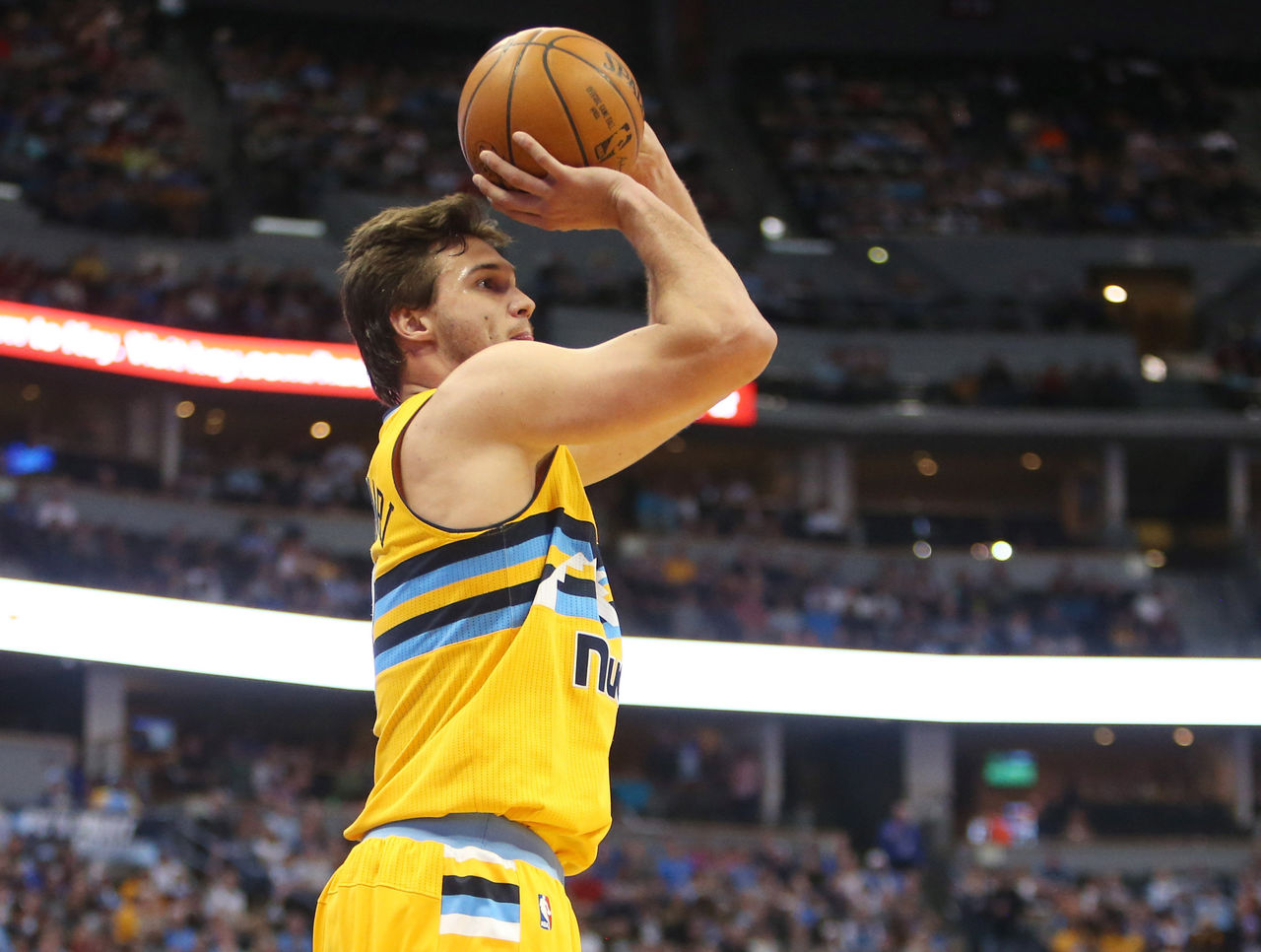 Cropped 2017 04 09t213808z 234616060 nocid rtrmadp 3 nba oklahoma city thunder at denver nuggets