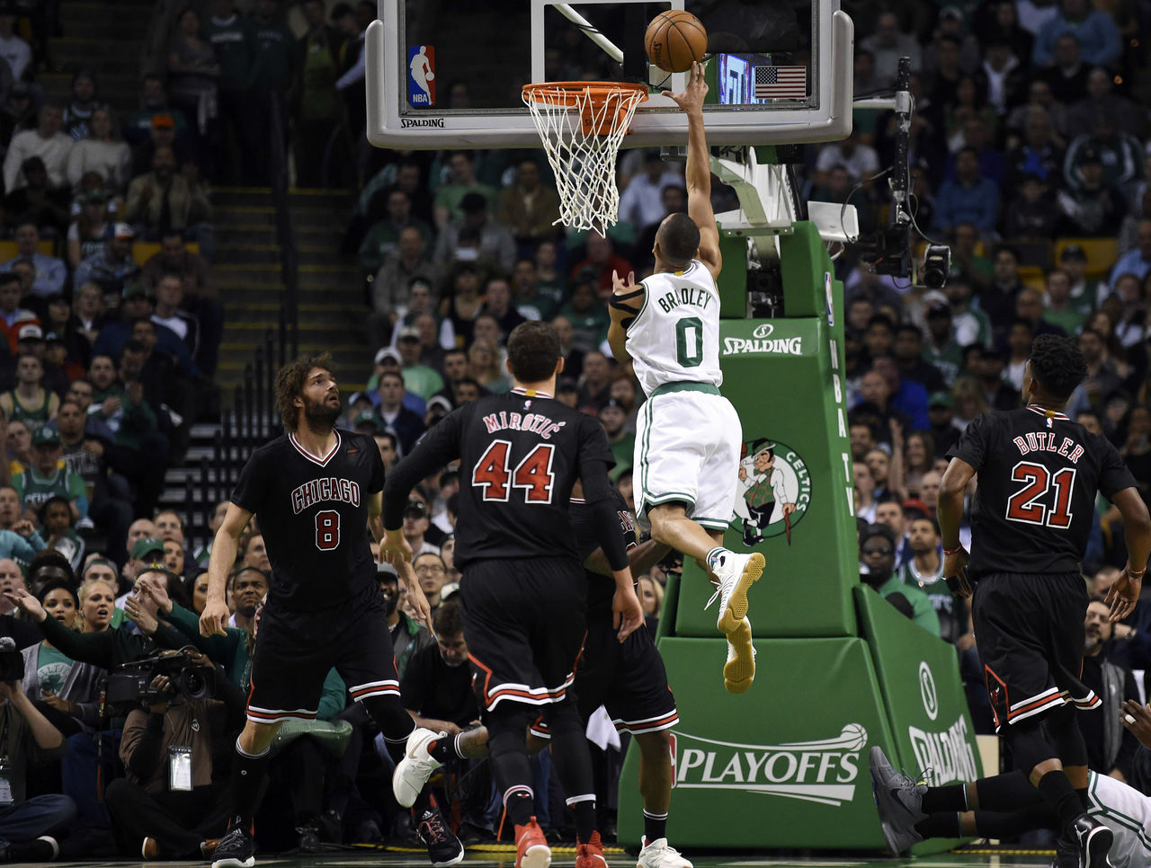 Cropped 2017 04 27t020340z 655767286 nocid rtrmadp 3 nba playoffs chicago bulls at boston celtics