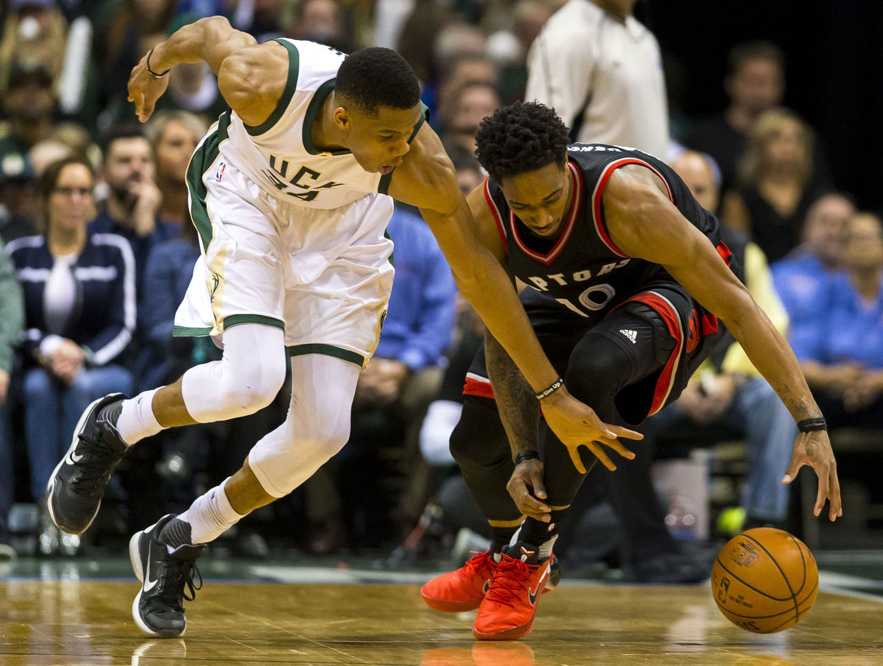 Cropped 2017 04 28t011041z 1905888236 nocid rtrmadp 3 nba playoffs toronto raptors at milwaukee bucks