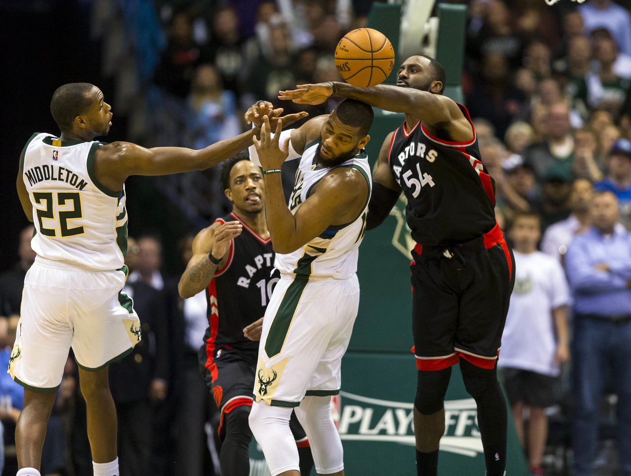 Cropped 2017 04 28t020731z 1129084025 nocid rtrmadp 3 nba playoffs toronto raptors at milwaukee bucks