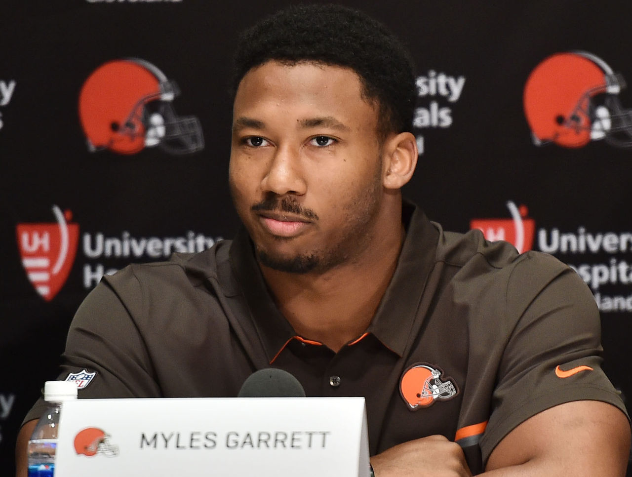 Cropped_2017-04-28t204036z_572065477_nocid_rtrmadp_3_nfl-cleveland-browns-press-conference