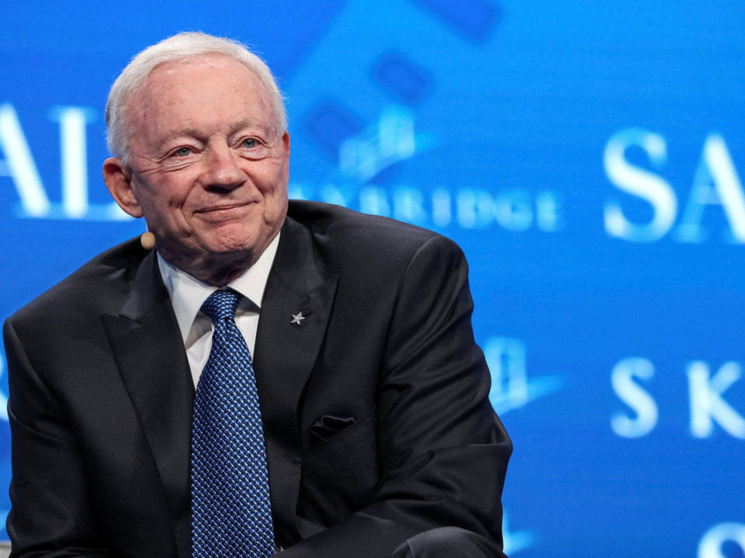 Report: Jerry Jones reimburses NFL for more than $2M in legal fees
