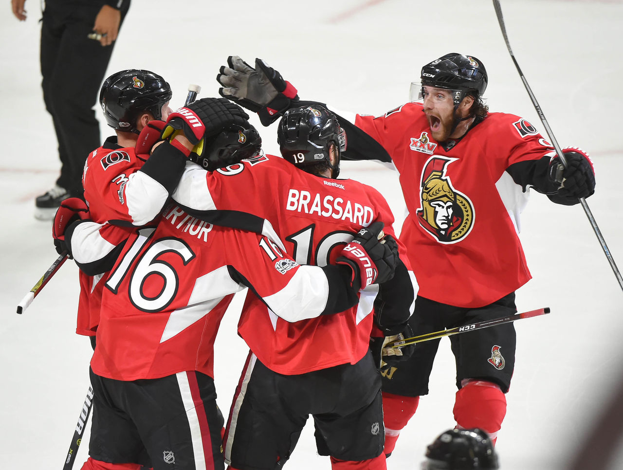 Cropped 2017 05 18t010701z 1453732352 nocid rtrmadp 3 nhl stanley cup playoffs pittsburgh penguins at ottawa senators