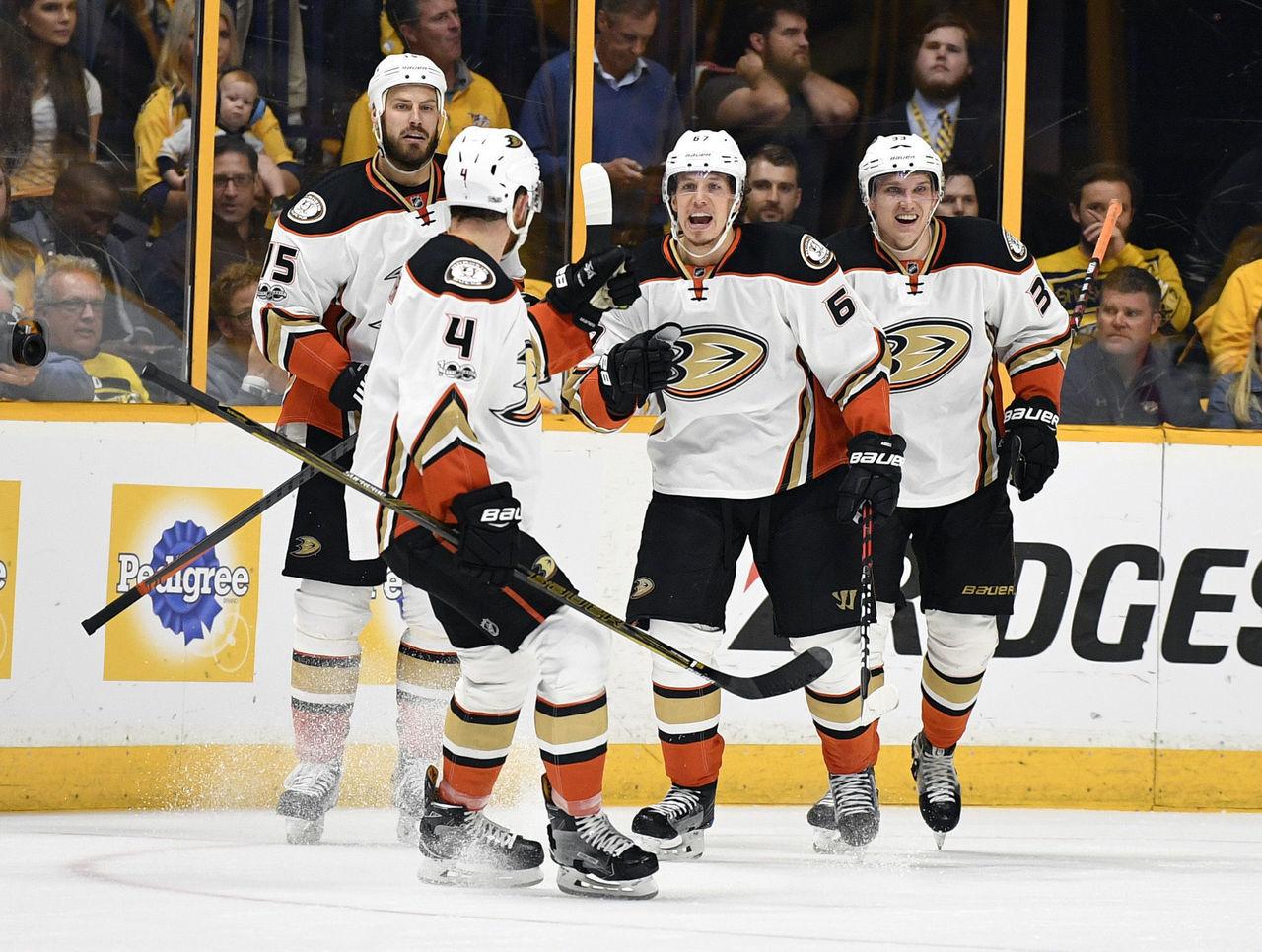 Cropped 2017 05 19t003955z 38312534 nocid rtrmadp 3 nhl stanley cup playoffs anaheim ducks at nashville predators