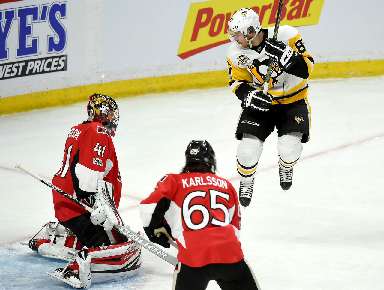 Cropped 2017 05 18t033242z 1718523975 nocid rtrmadp 3 nhl stanley cup playoffs pittsburgh penguins at ottawa senators