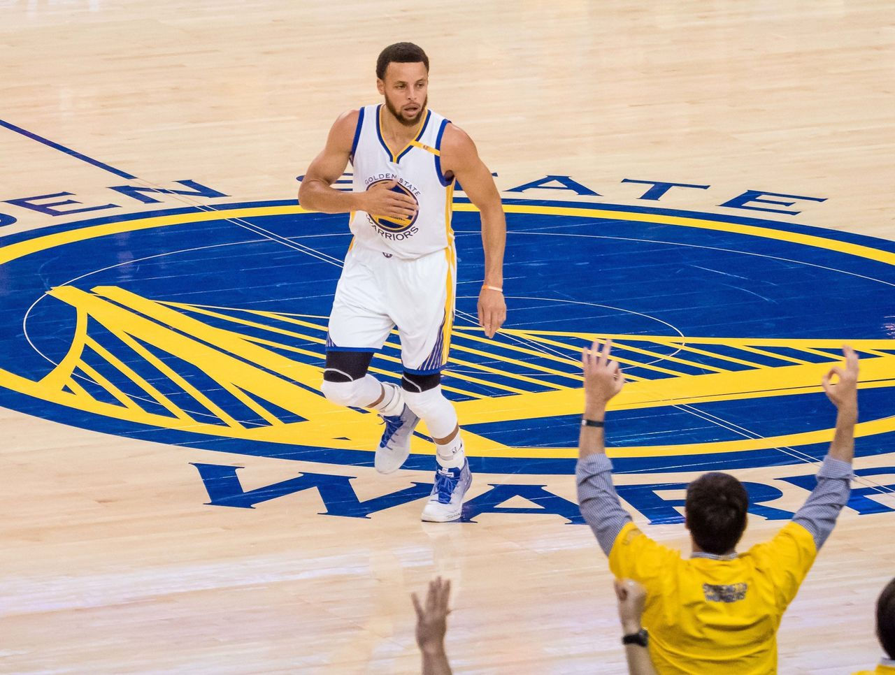 Cropped 2017 05 17t015245z 20214173 nocid rtrmadp 3 nba playoffs san antonio spurs at golden state warriors