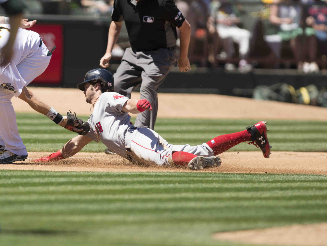 Cropped 2017 05 21t213434z 1578319972 nocid rtrmadp 3 mlb boston red sox at oakland athletics