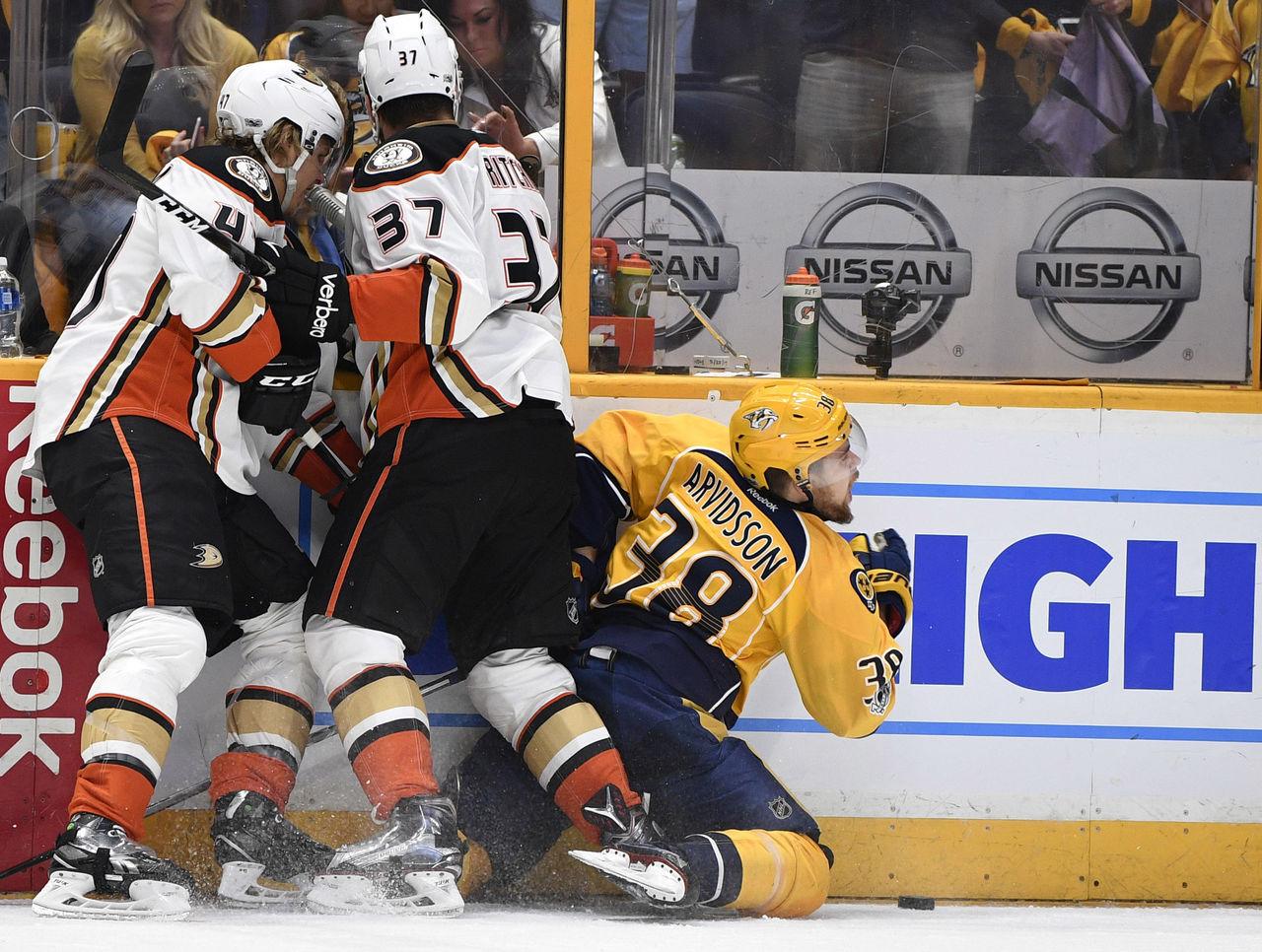 Cropped 2017 05 23t005246z 685351870 nocid rtrmadp 3 nhl stanley cup playoffs anaheim ducks at nashville predators