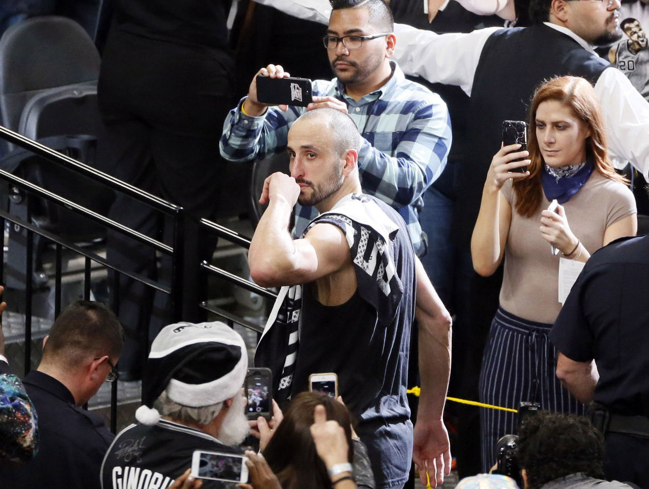 Cropped 2017 05 23t041257z 1912220518 nocid rtrmadp 3 nba playoffs golden state warriors at san antonio spurs