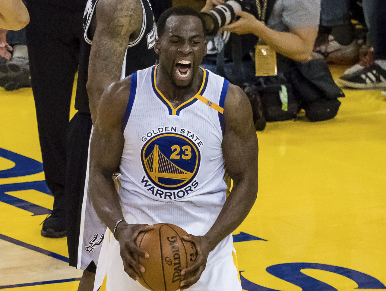 Cropped 2017 05 14t231503z 1806461452 nocid rtrmadp 3 nba playoffs san antonio spurs at golden state warriors