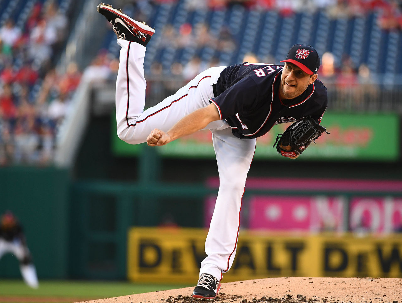 Cropped_2017-05-26t235129z_64751426_nocid_rtrmadp_3_mlb-san-diego-padres-at-washington-nationals