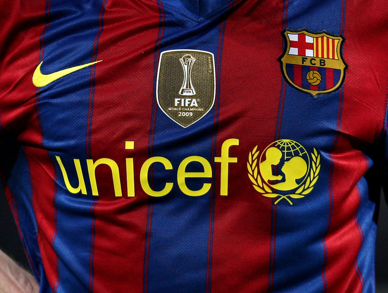 best sneakers b0f6c 2dcca Ranking the best and worst Barcelona home kits of the last ...