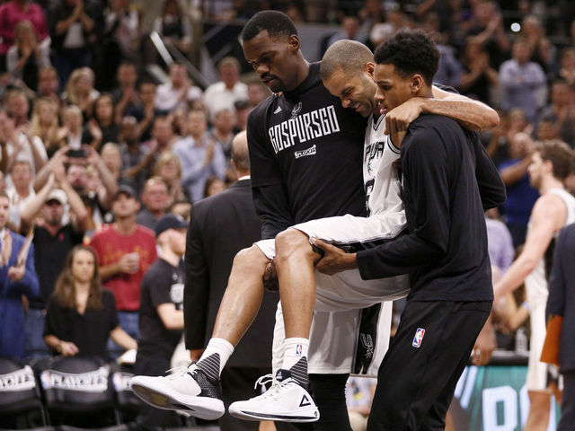 Spurs' Parker plans to return in January following quad surgery