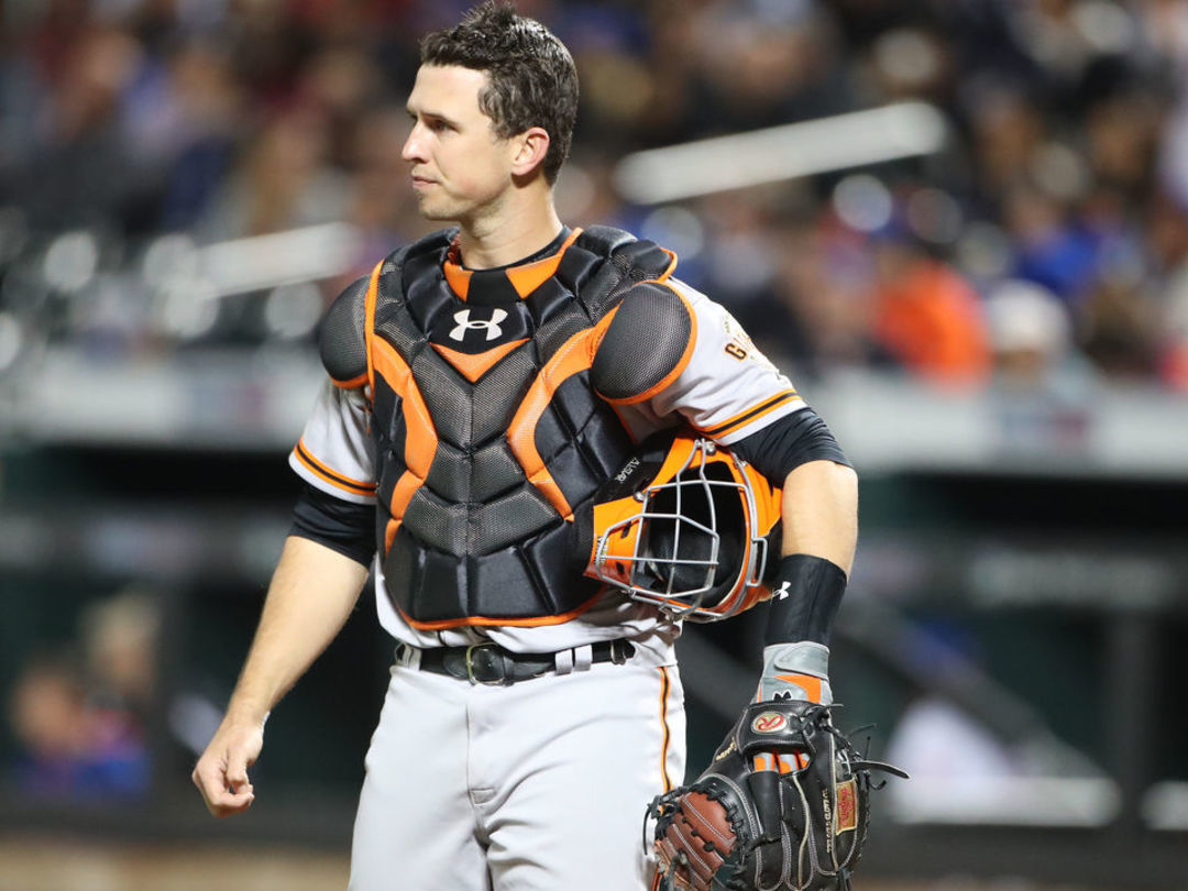 Posey OK after taking foul tip off hand