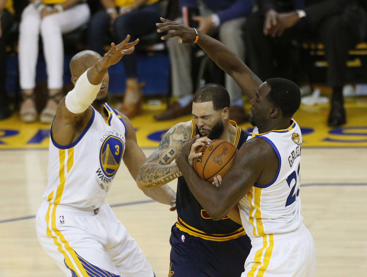 Cropped_2017-06-02t024646z_1098865775_nocid_rtrmadp_3_nba-finals-cleveland-cavaliers-at-golden-state-warriors