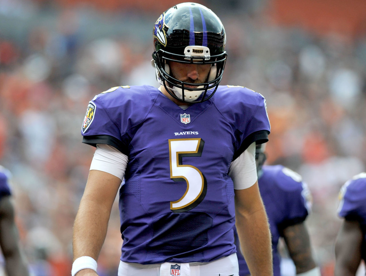 Report: Ravens' Flacco preparing to miss 3-6 weeks with back issue