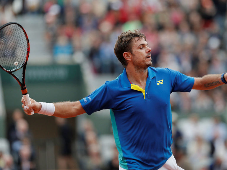 Wawrinka sets date with Cilic after routine 4th-round win