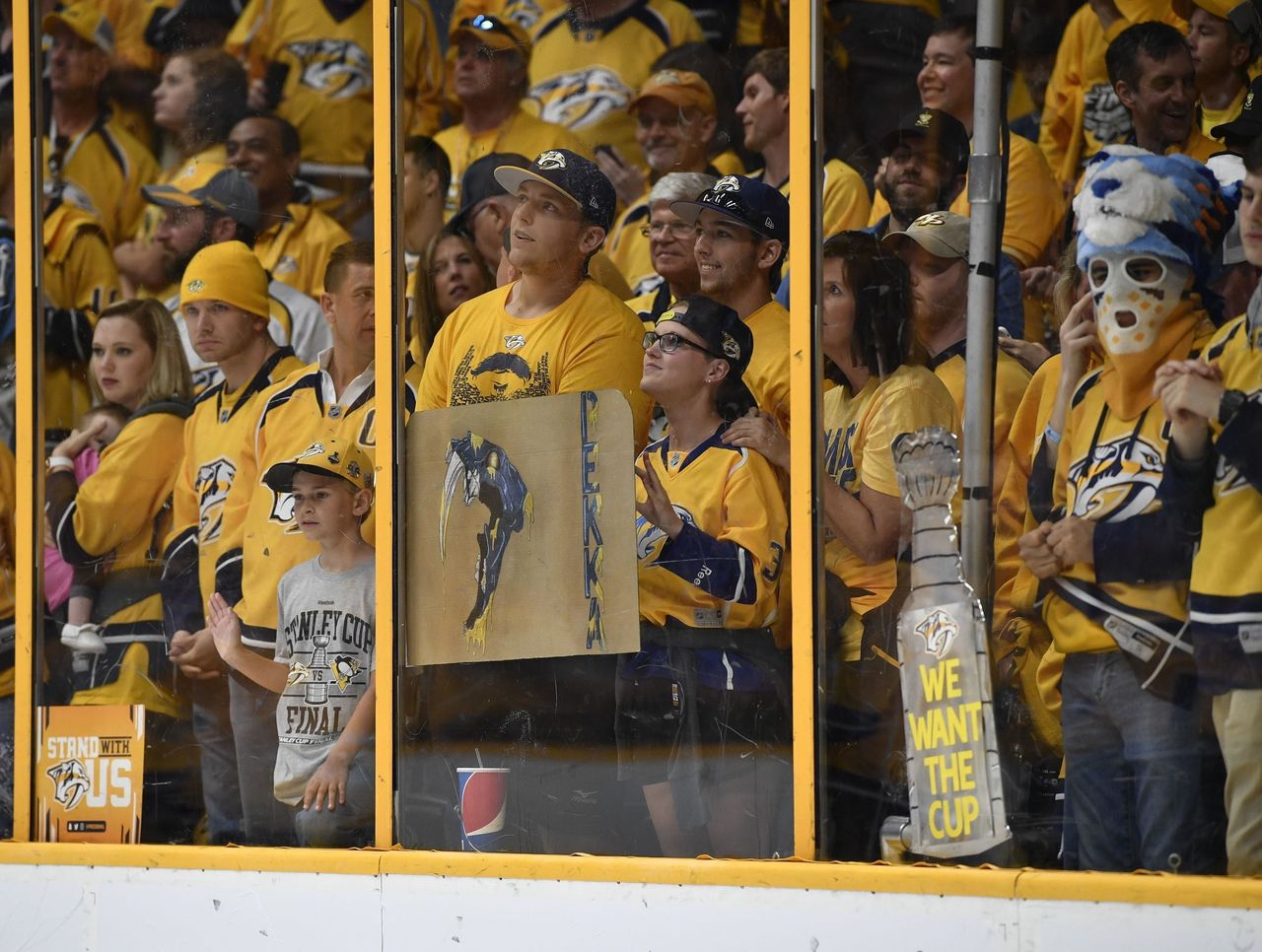 Cropped 2017 06 04t000538z 1889550180 nocid rtrmadp 3 nhl stanley cup final pittsburgh penguins at nashville predators