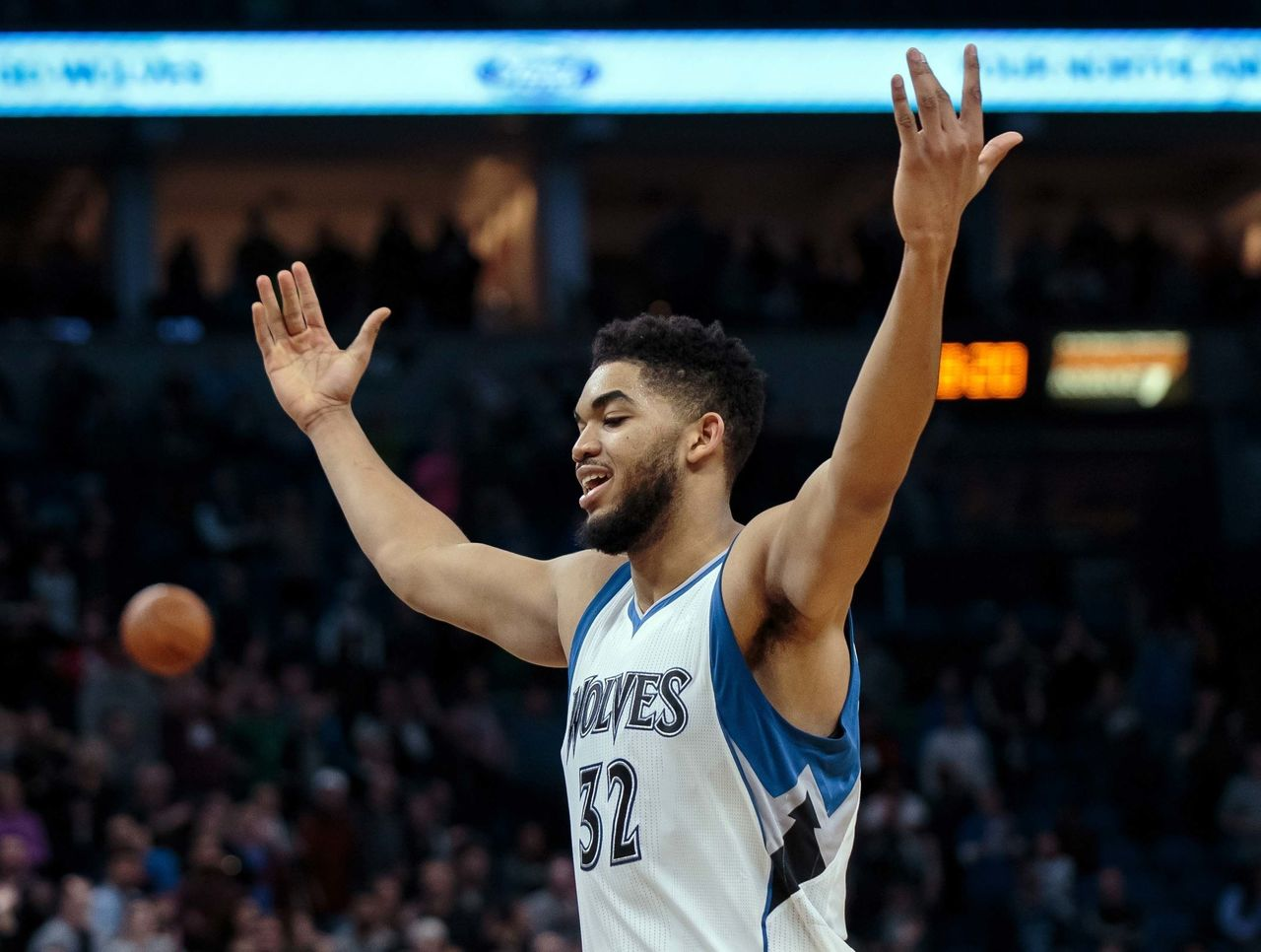 Cropped 2017 01 23t030322z 302166694 nocid rtrmadp 3 nba denver nuggets at minnesota timberwolves