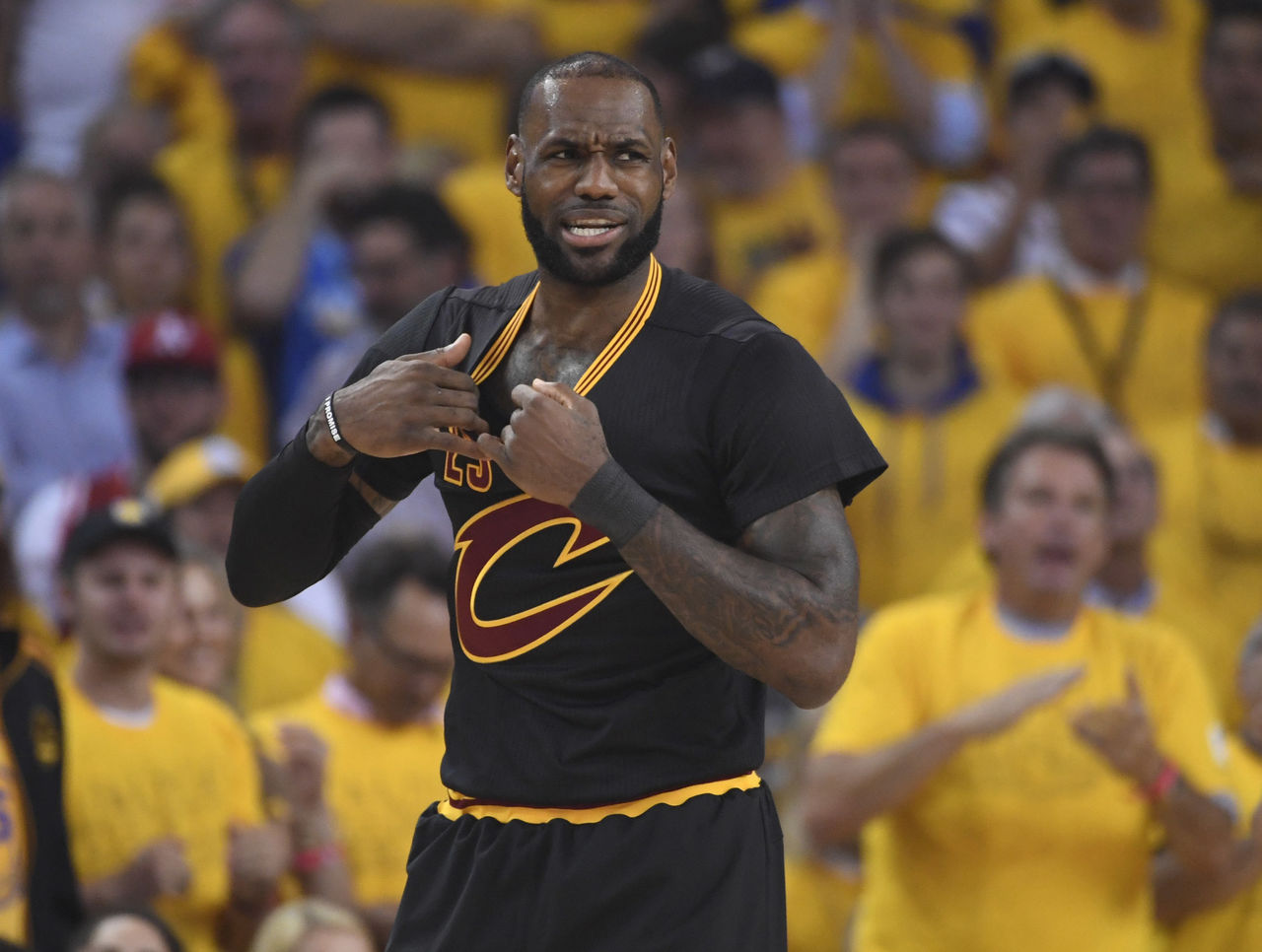 Cropped 2017 06 13t014500z 724160667 nocid rtrmadp 3 nba finals cleveland cavaliers at golden state warriors