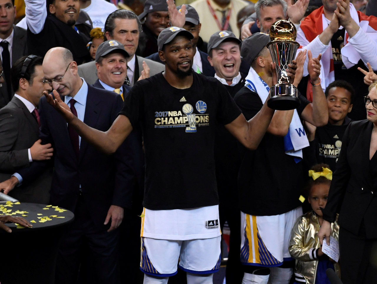 Cropped 2017 06 13t044257z 728718266 rc1b32c066a0 rtrmadp 3 basketball nba finals