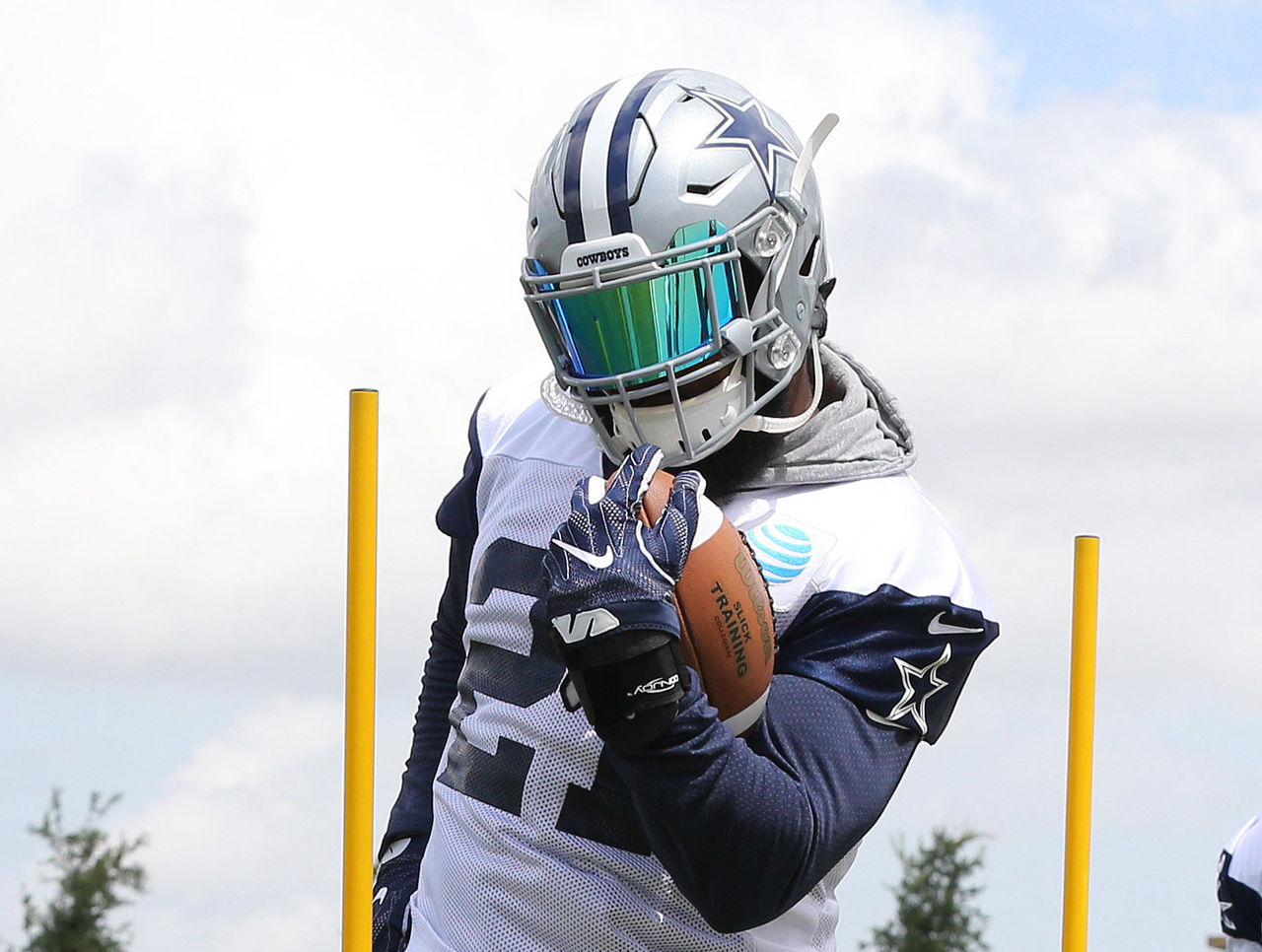 Cropped 2017 06 13t180527z 232003120 nocid rtrmadp 3 nfl dallas cowboys minicamp