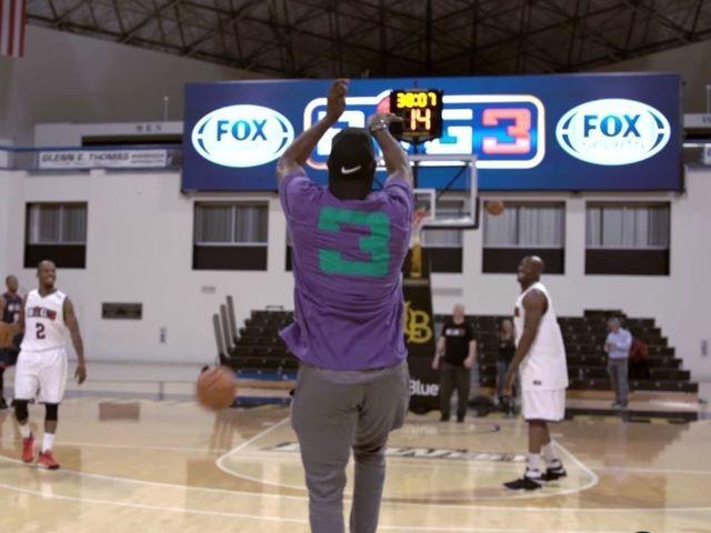 Watch: Gary Payton demonstrates art of shooting 4-pointers