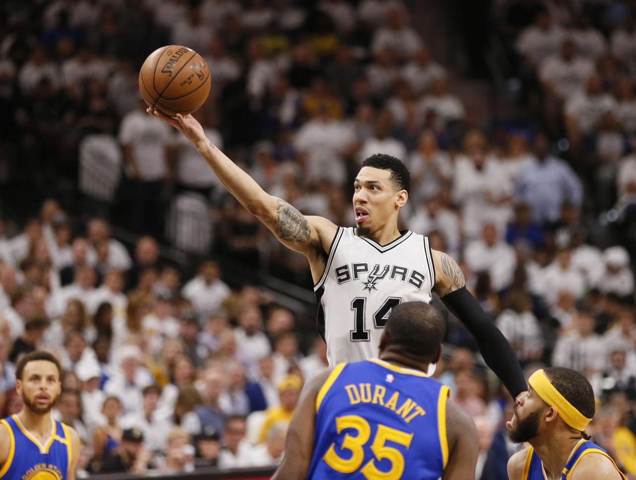 Cropped 2017 05 21t014434z 1035705164 nocid rtrmadp 3 nba playoffs golden state warriors at san antonio spurs