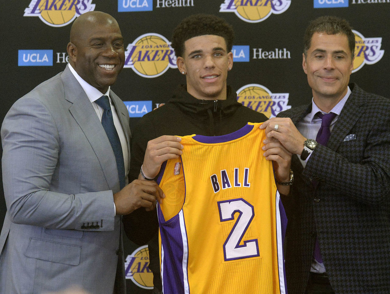 Cropped_2017-06-23t220536z_200698923_nocid_rtrmadp_3_nba-los-angeles-lakers-press-conference