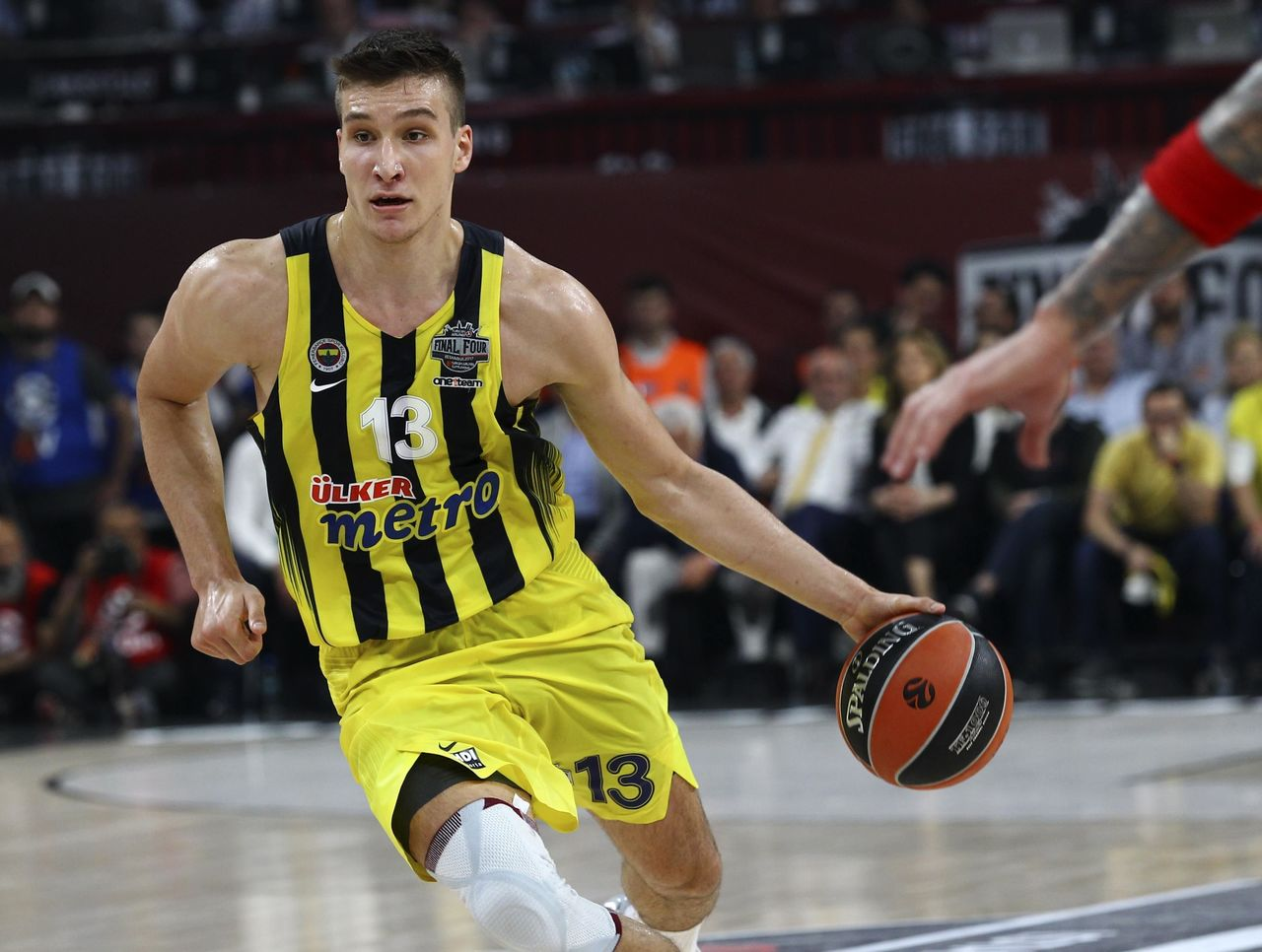 Cropped 2017 05 21t191901z 1755186993 up1ed5l1hno9b rtrmadp 3 basketball euroleague