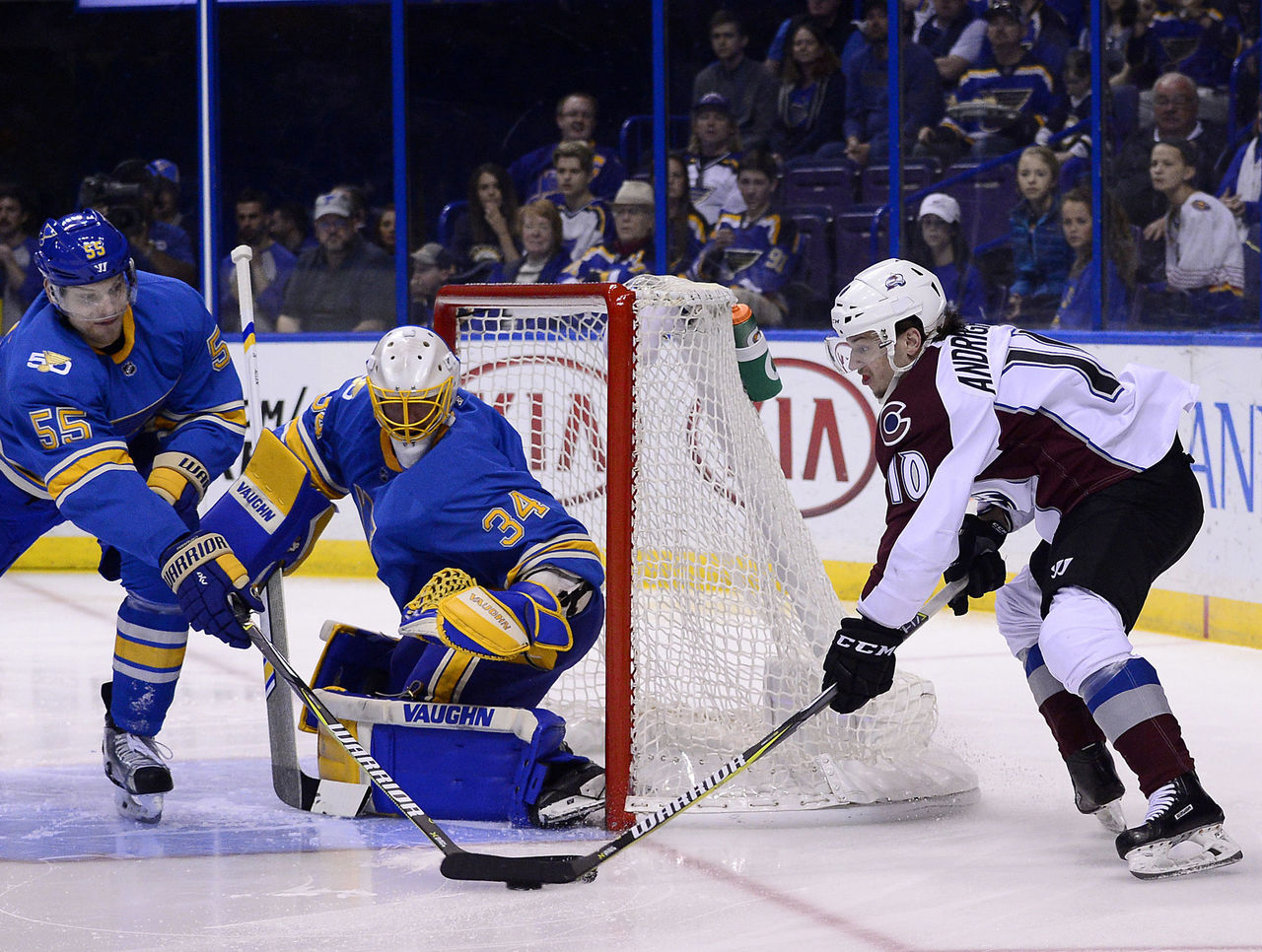 Cropped 2017 04 09t230531z 97042815 nocid rtrmadp 3 nhl colorado avalanche at st louis blues