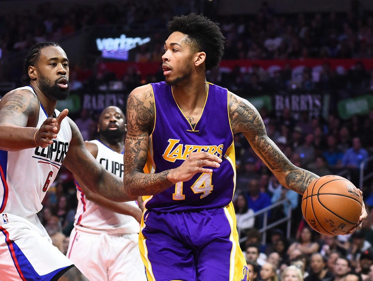 Cropped 2017 04 01t222426z 811256146 nocid rtrmadp 3 nba los angeles lakers at los angeles clippers