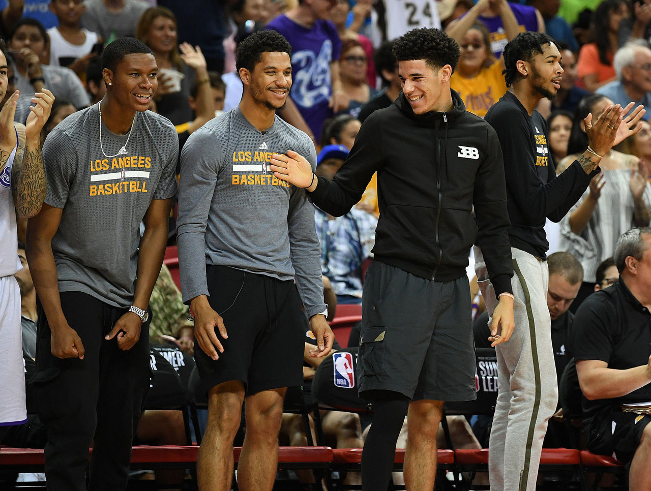 Cropped_2017-07-18t050754z_1896197210_nocid_rtrmadp_3_nba-summer-league-portland-trail-blazers-at-los-angeles-lakers