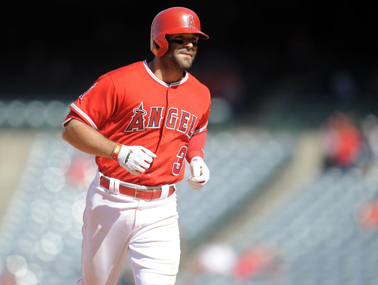 Cropped 2017 04 13t230844z 120054473 nocid rtrmadp 3 mlb texas rangers at los angeles angels