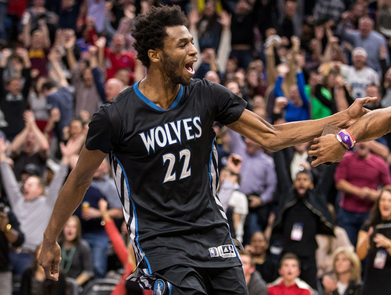 Cropped 2017 02 15t035029z 782852702 nocid rtrmadp 3 nba cleveland cavaliers at minnesota timberwolves