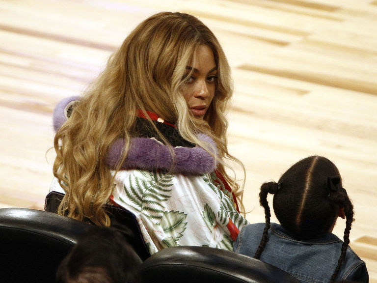 Report: Beyonce interested in Rockets ownership stake