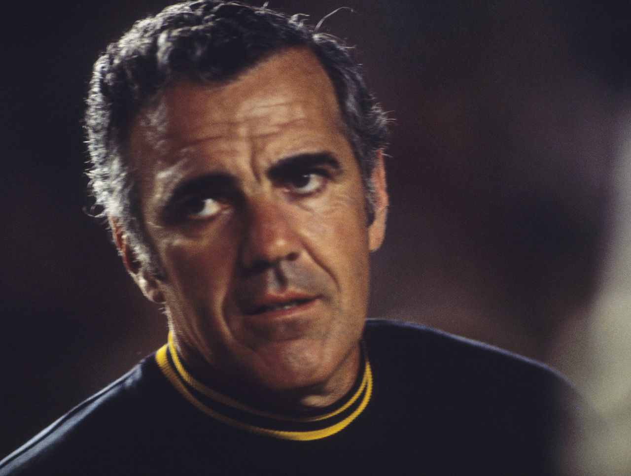 Legendary Notre Dame coach Ara Parseghian dies at 94  a57997243