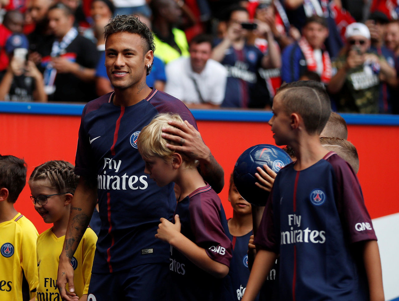Cropped 2017 08 05t142844z 808700310 rc171e4629a0 rtrmadp 3 soccer france psg ami neymar