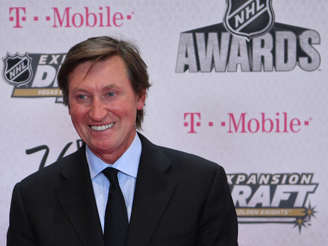 Gretzky: Hockey in Vegas 'great for the sport'