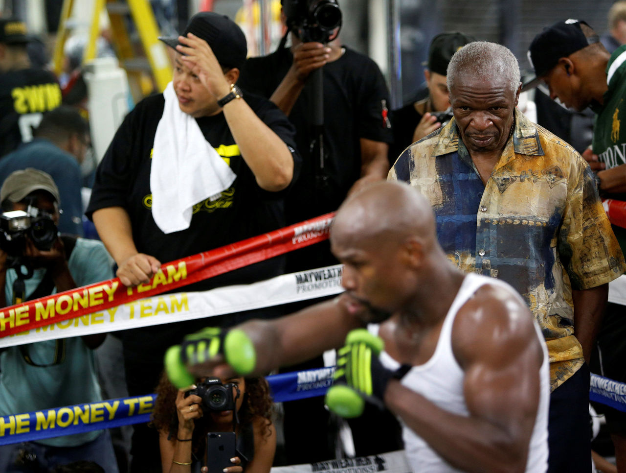 Cropped 2017 08 11t021843z 526352189 rc173589e8a0 rtrmadp 3 boxing mayweather